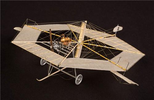制作的飞机模型-张雄