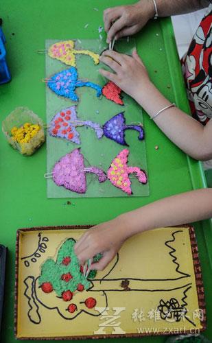 """""""玩转纸浆""""的主题创意美术活动(图)"""