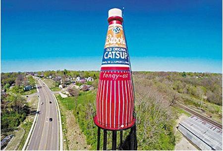 美废弃水塔改装成巨型番茄酱瓶广告牌身价暴涨(图)